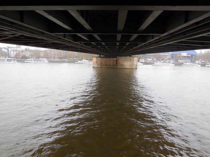 Hohenzollern Brücke in Köln