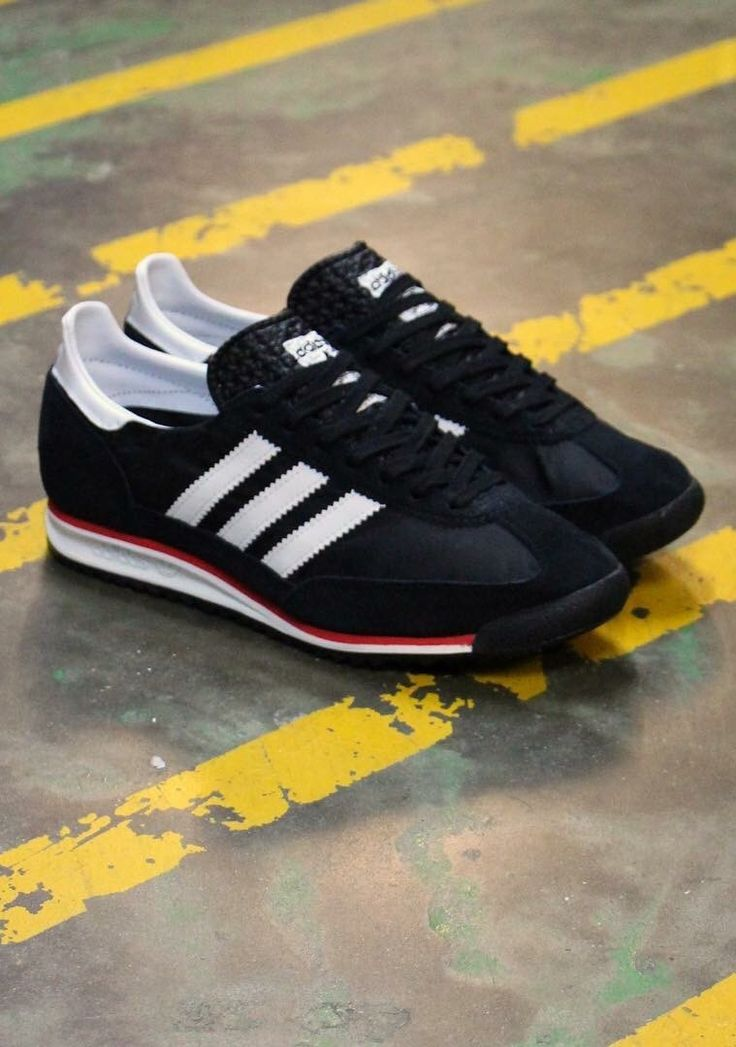 adidas Originals SL 72: Black