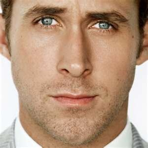 """Can I call this a product?    Ryan, never looks like he's """"try-an"""".Ryan Gosling, The Notebooks, Bradley Cooper, Ryangosling, Christian Grey, Messenger Bags, Hey Girls, Blue Eye, People"""
