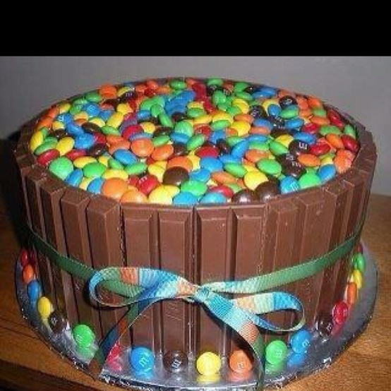 I think we should make this cake! What do you think? :)   <3 Mom