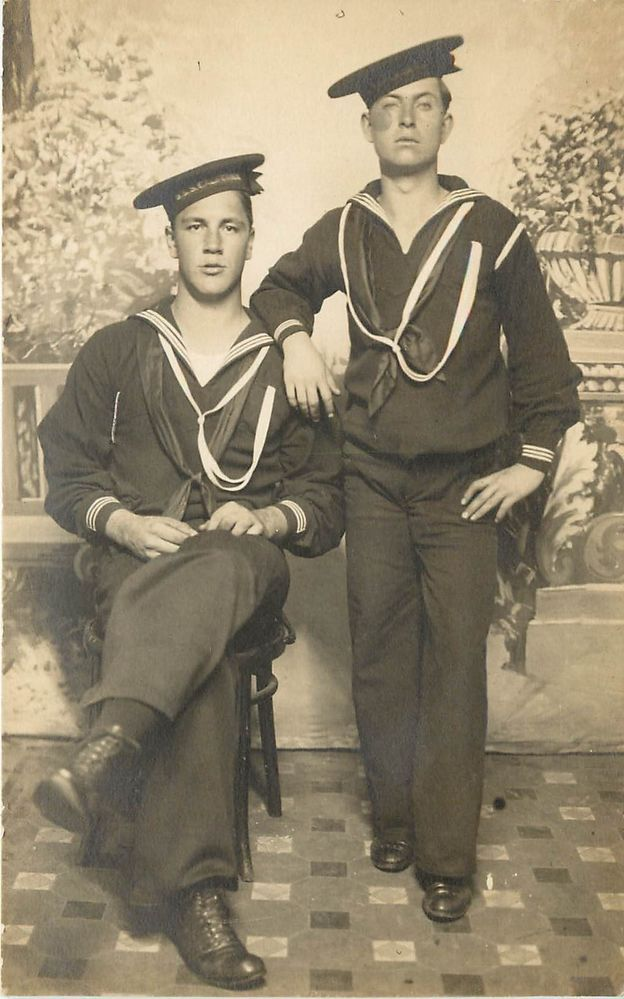 WW1 Navy uniform