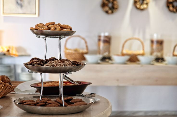 "What's the best way to savor ‪Greek‬ ‪ouzo‬? In an ""intoxicating"" ‪‎cookie‬, of course! Enjoy this aromatically flavorful ‪Recipe Of The Day‬: http://bit.ly/1J5Awuq #Mykonos #breakfast #morning #hotel #Greece"