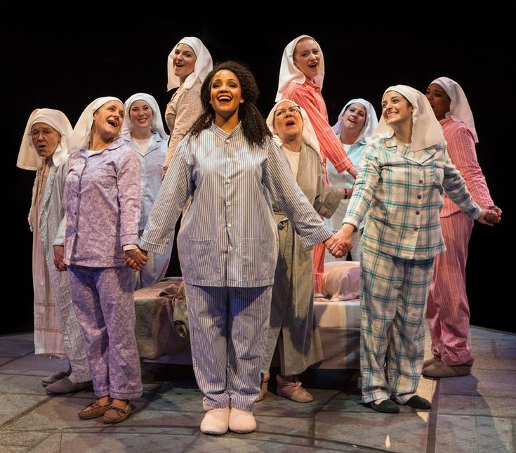 "Marriott Theatre presents""Sister Act"" by Alan Menken and Glen Slater, directed by Don Stephenson. (photo credit: Liz Lauren)"