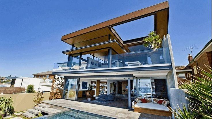 Exterior in Bronte House by Rolf Ockert Design