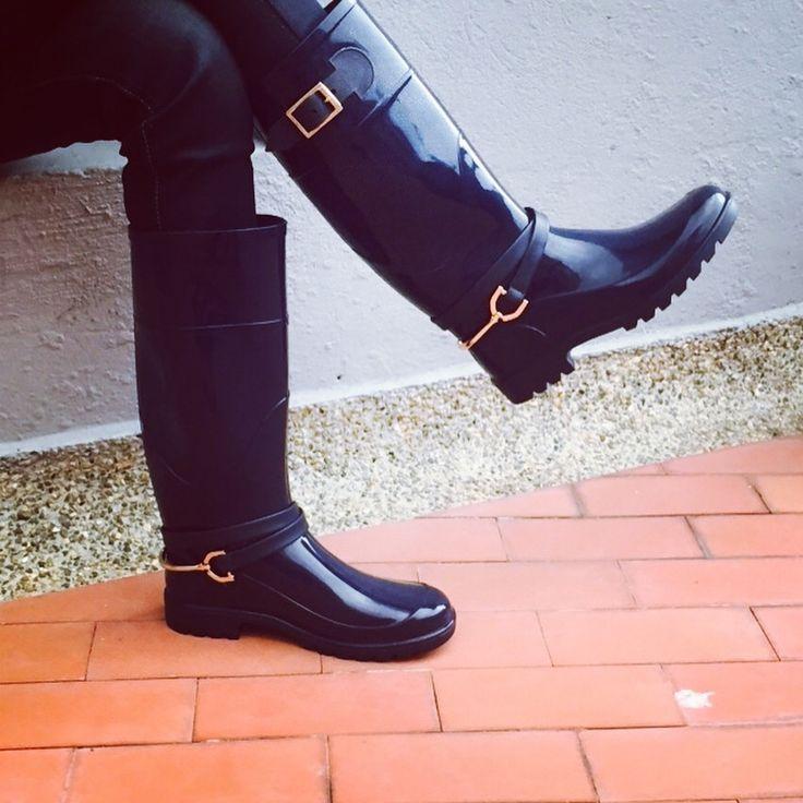 Hermosas botas para la lluvia encuéntranos en Instagram como @holidays_boots