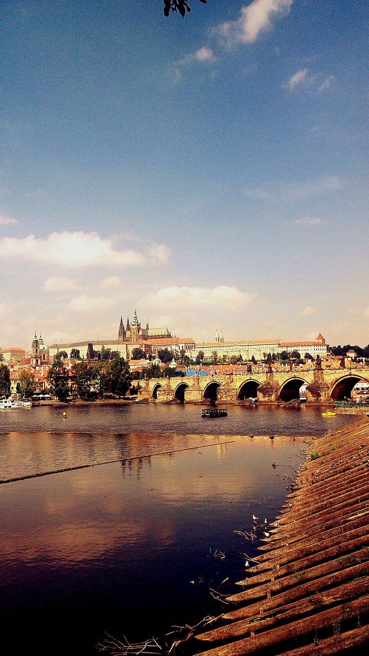 Charles Bridge with Prague Castle. #Prague #Charles #bridge #castle #photo #architecture #summer