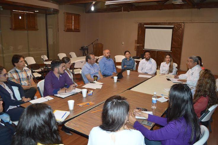Realizan en NCG mesa de trabajo con Secretaría de Innovación y Desarrollo Económico