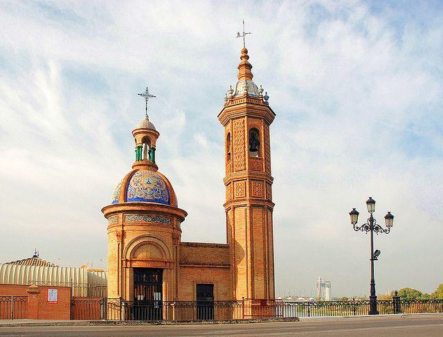 Sevilla. Triana (Capilla de la Virgen del Carmen).   Flickr: Intercambio de fotos