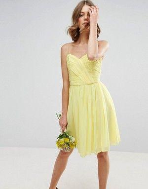 sélection de jolies tenues pour les demoiselles d'honneur de votre mariage à découvrir sur le blog