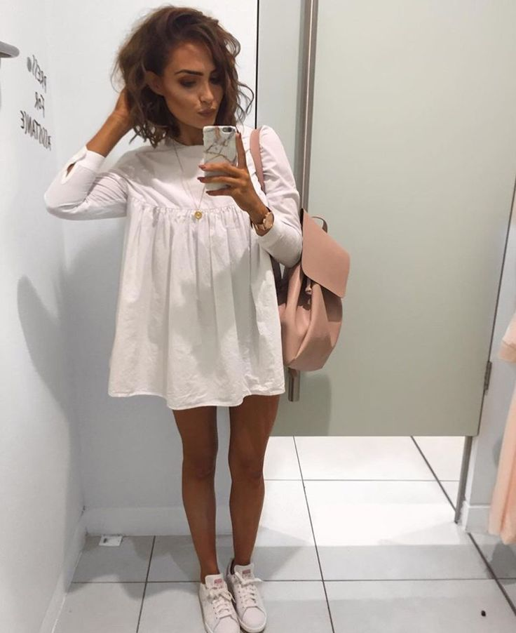 Lissy Roddy on Instagram wearing the white long-sleeves poplin jumpsuit dress from Zara