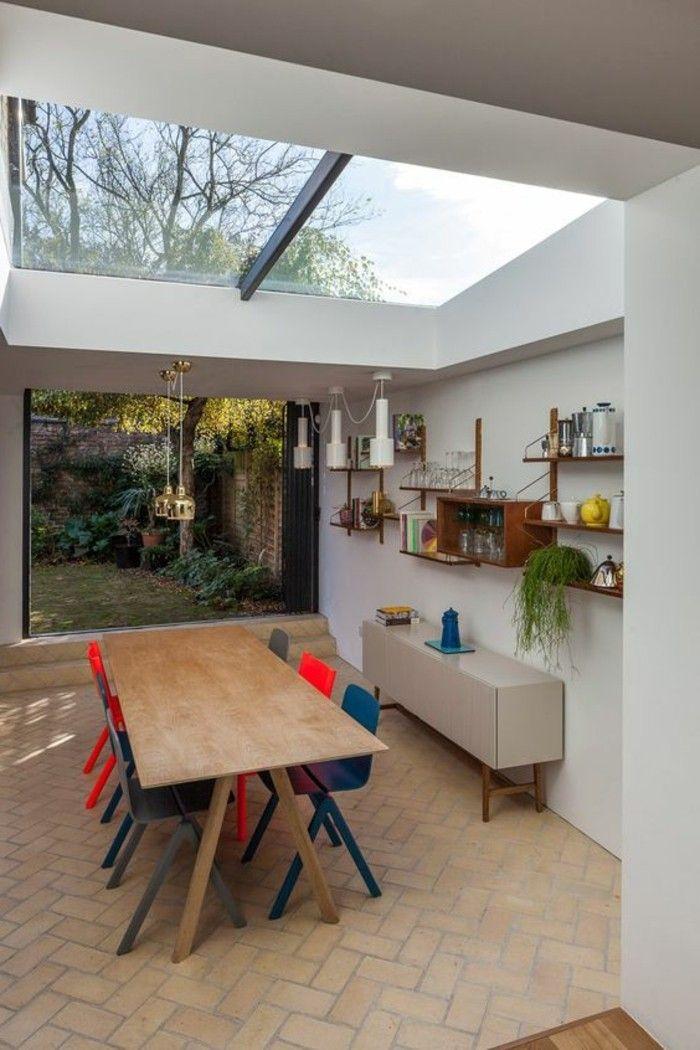 verriere interieure pas cher sur le plafond, table en bois pour la cuisine contemporaine