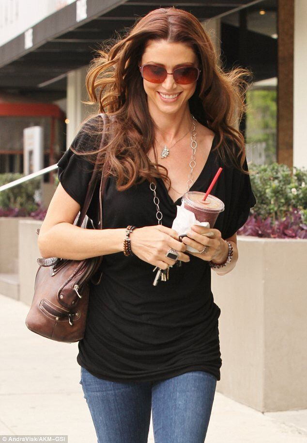 Shannon Elizabeth Fadal (born September 7, 1973), known professionally as Shannon Elizabeth, is an American actress and former fashion model.