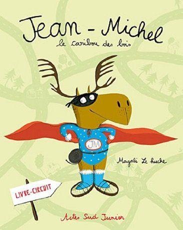 """""""Jean-Michel le Caribou des bois"""", de Magali Le Huche, Arles. Je ne dirais pas mieux que le commentaire de Babelio : """"Un livre-jeu qui raconte une histoire : le concept est sympathique, les illustrations de M. le Huche pétillantes à souhait, ça fourmille de détails. Un vrai bonheur !"""" A partir de 3-4 ans"""