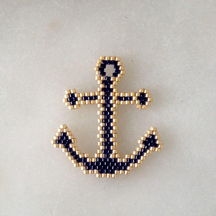 broche perlée blackpearl - ancre 248 motif déposé @b_l_a_c_k_p_e_a_r_l #motifblackpearl