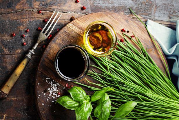 Insalata come piatto unico: ecco i 5 errori da evitare nella costruzione di un'insalatona sana, leggera e nutriente, secondo la rivista americana Time.
