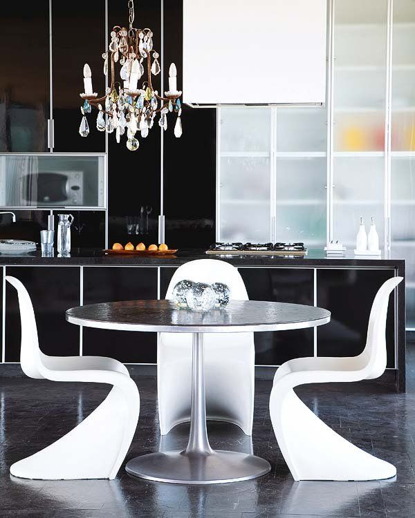 Panton chair #whitearmchair #diningroomchairs #chairdesign upholstered dining chairs, modern chairs ideas, upholstered chairs | See more at http://modernchairs.eu