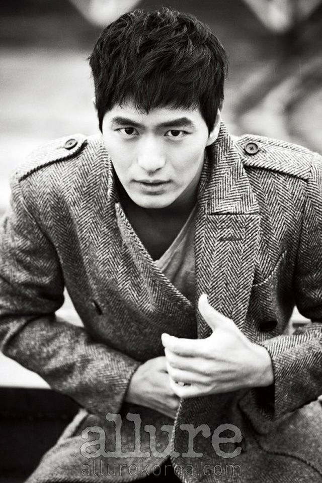 Lee Jin Wook - Allure Magazine March Issue '13