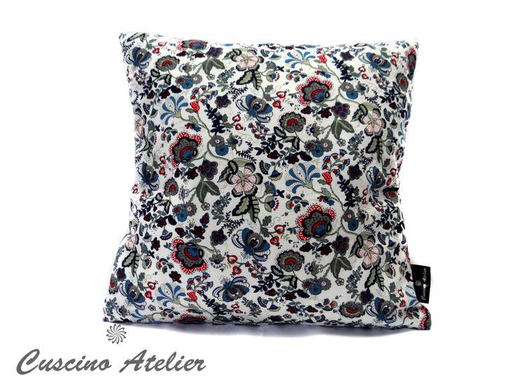 poduszka dekoracyjna  poduszka ozdobna Cuscino Atelier poduszka z wkładem poszewka poduszka w kwiatki