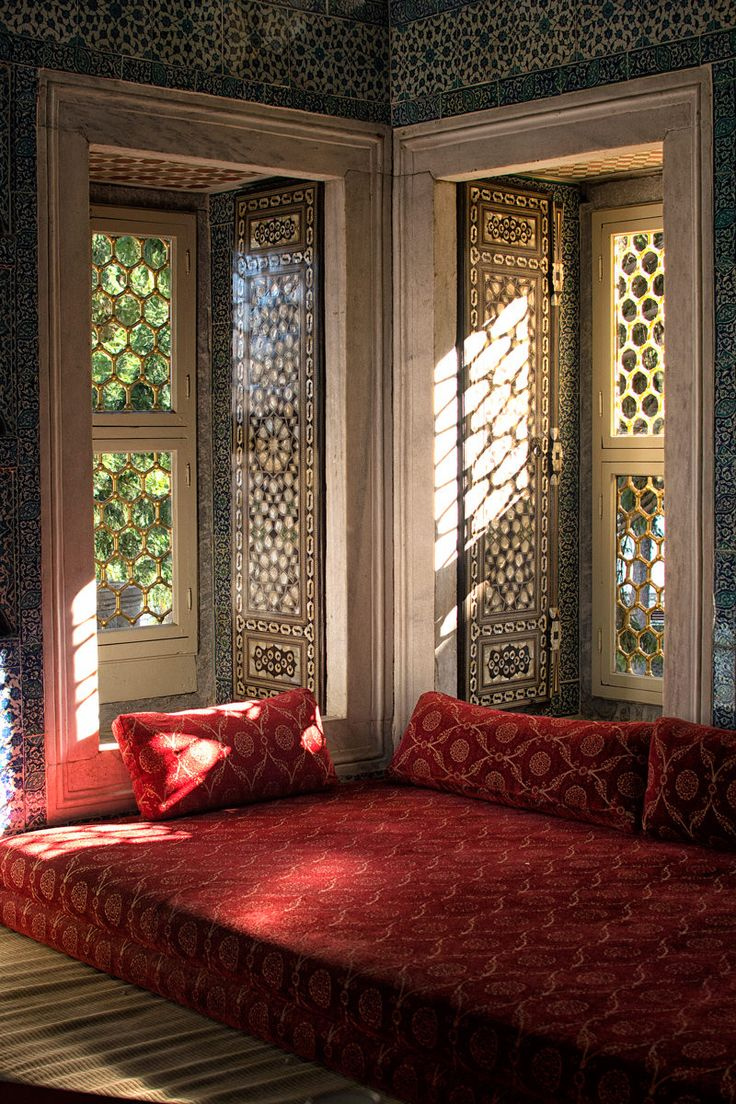 A luxurious reading room, one of Calli's favorite spots in the Topkapi Palace in #Istanbul #Turkey