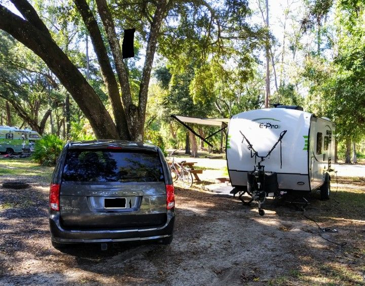 Dodge Grand Caravan And Forest River E Pro 19fd Nice Combination Averaging 14 Mpg 62 Mph In 2020 Grand Caravan Forest River Cool Campers