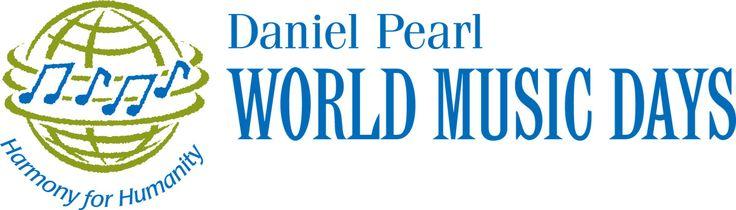 BRIKCIUSOVÁ NA PRÁDLE - LABYRINT updates: spolupořadatelem je Daniel Pearl Music Days - http://www.DanielPearlMusicDays.org #DenPoezie