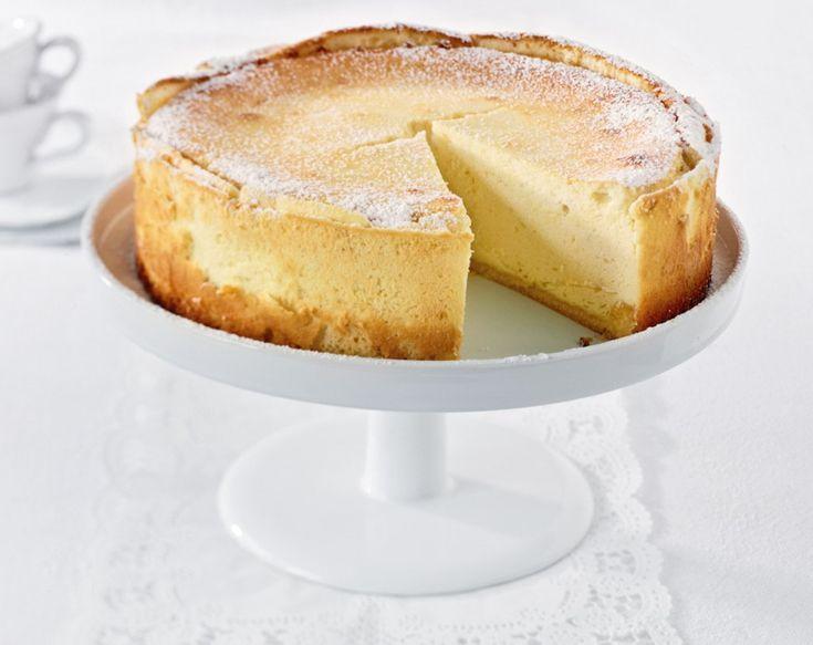 Ein Stück vom besten Käsekuchen der Welt – mehr braucht man nicht zum Glücklichsein.