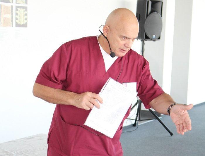 Доктор медицинских наук, профессор, телеведущий Сергей Бубновский после автокатастрофы 27 лет ходил на костылях. И совершил невероятное! Встал на ноги. Благодаря разработанной системе оздоровления.