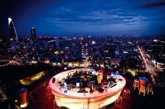 Drink - Chill Skybar, Saigon goes sexy at night