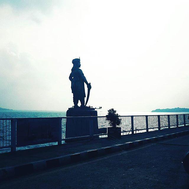 Raja Bhoj statue, Bhopal. #bhopaldiaries#proudstatue#lakelife#madhyapradesh#capital#madhyapradeshtourism#mptravelogue#mptravelogueindia
