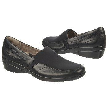 Naturalizer Women's Wilma Slip-On at Famous Footwear size 4