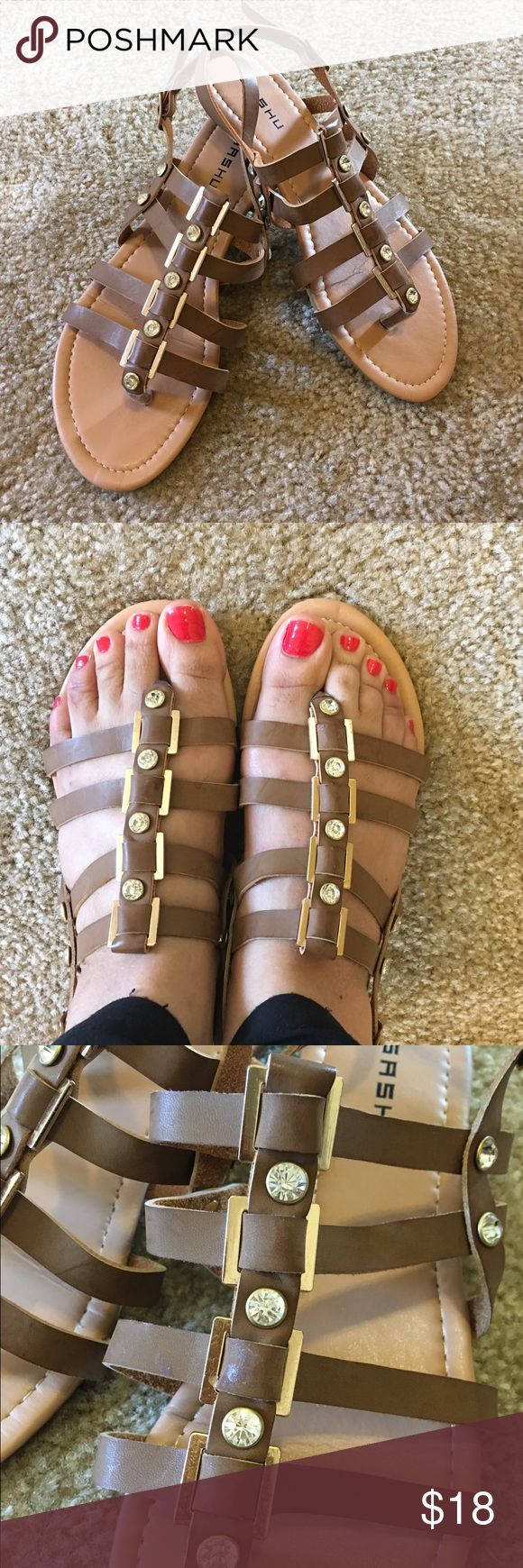 Trendy sandals Like new perfect condition Shoes Sandals