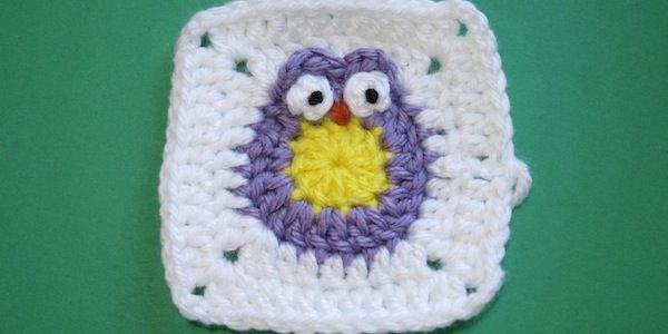 via freubelweb: Owl Blankets, Baby Owl, Baby Blankets, Granny Squares, Crochet Patterns, Owl Granny, Crochet Owl, Owl Square, Owl Patterns