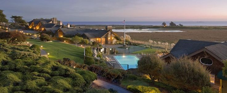 The Bodega Bay Lodge is the quintessential California coastal retreat... romantic and serene. From its seaside perch, the Lodge offers sweeping views of the Pacific Ocean, the calm Bodega Bay and the rugged shoreline. - See more at: http://www.bodegabaylodge.com/?utm_source=facebook&utm_medium=newsfeedad&utm_content=exterior&utm_campaign=BBLfacebookapril#sthash.EISUAeL4.dpuf