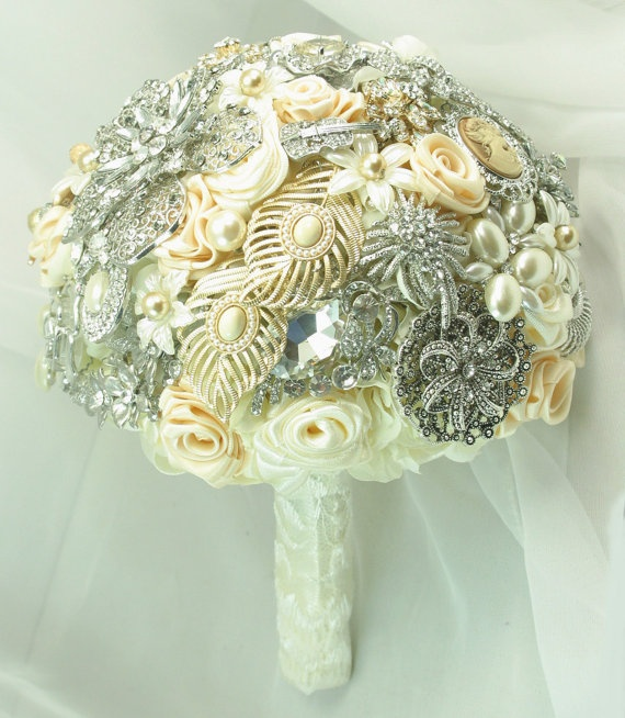 Champagne,ivory brooch bouquet. Love this!