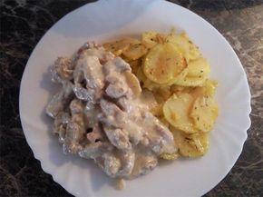 Nudličky v nivové omáčce s pečenými brambory