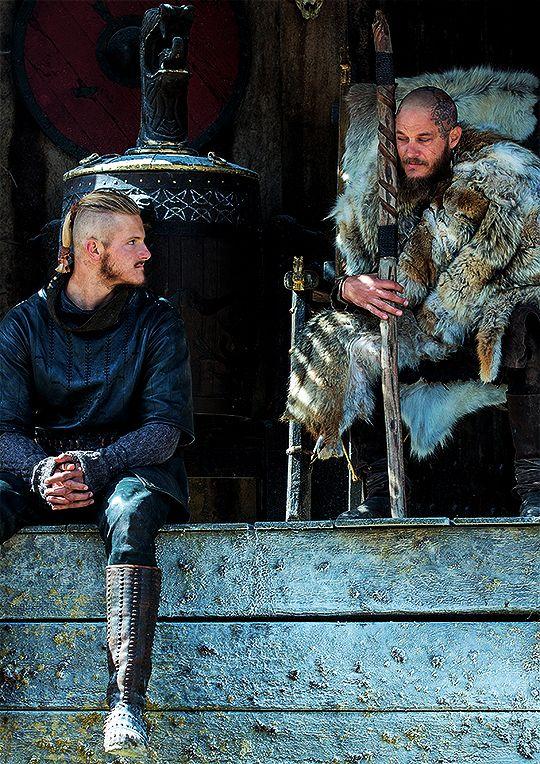 vikingshistory:  Ragnar Lothbrok & Björn Ironside inVikings:Season 4.
