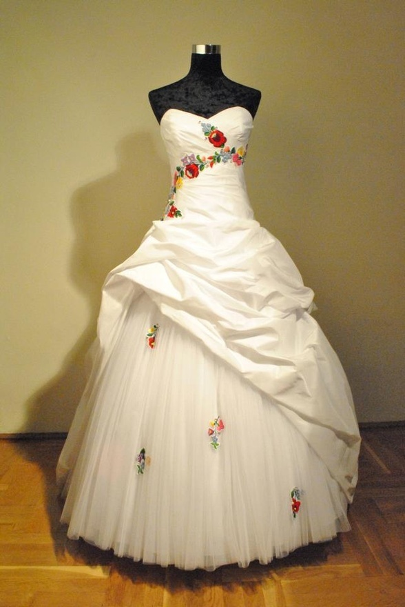 This is it--I will have to divorce him and immediately remarry him in this gown! wedding dress with traditional Hungarian embroidery, Kalocsai motifs