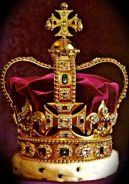 crown jewles of england | CROWN is the Coronation Crown of ...