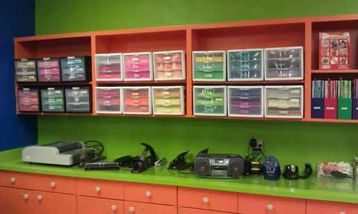 The Hills Church of Christ: Kids Teacher's Resource Room - NRH look at the organization!