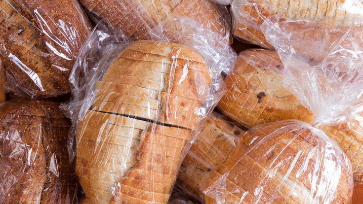 What the Color of Your Bread Twist Tie Means for Finding a Fresh Loaf http://www.wideopeneats.com/how-one-loaf-of-bread-can-reveal-so-much-about-you/