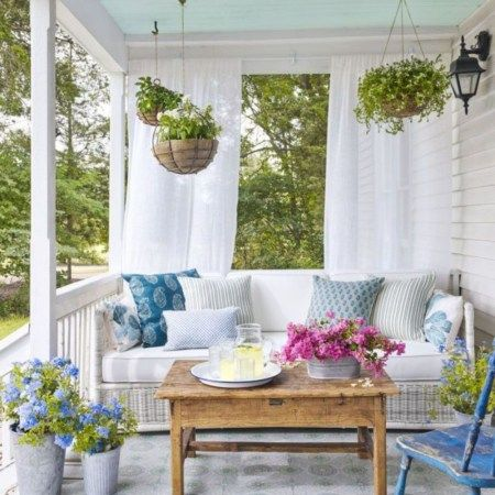 Beautiful front porch curtains decoration (32)
