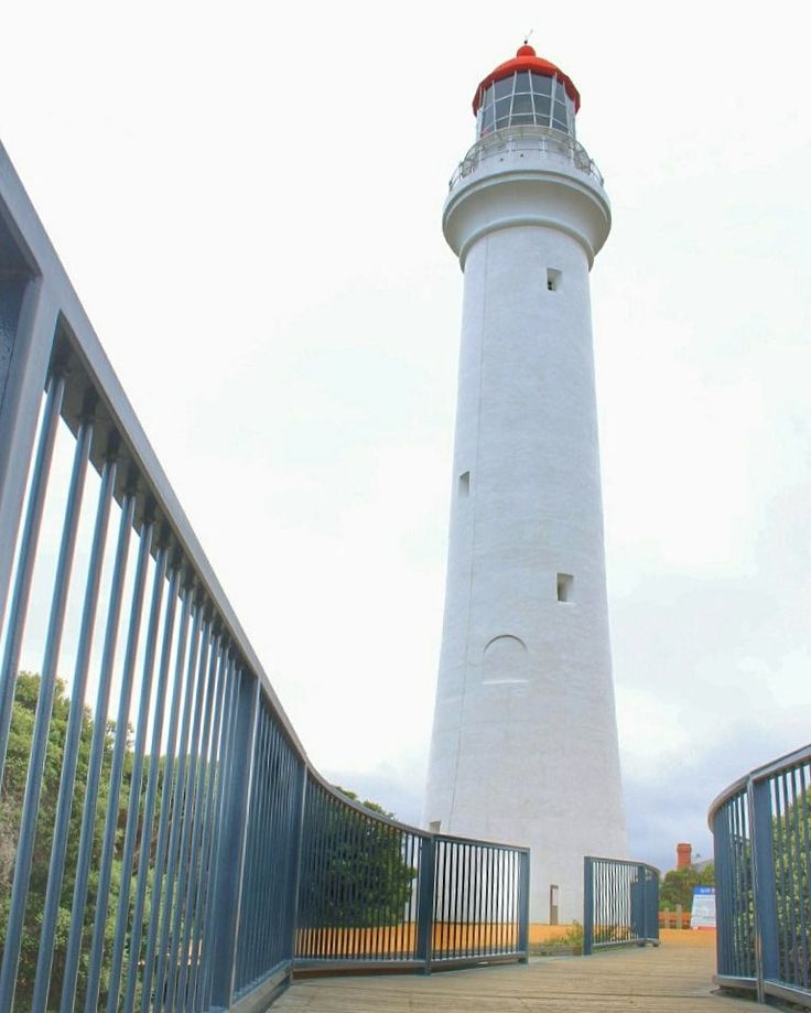 Split Point Lighthouse Melbourne #greatoceanroad #splitpointlighthouse #tour…