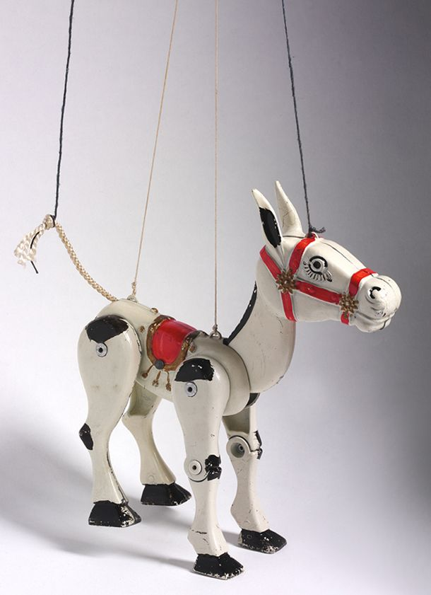 Muffin Junior, Muffin the Mule, Moko, 1950s Museum no. MISC.362-1980 (My favourite puppet metal memory)