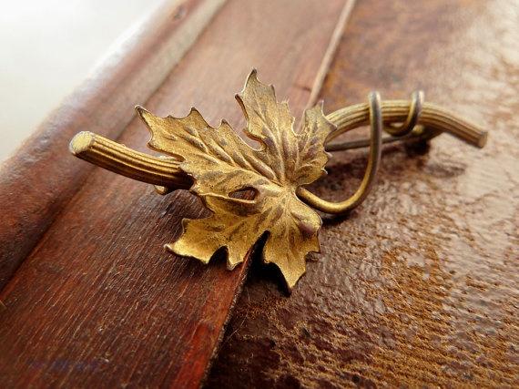 Victorian Leaf Pin Ivy Leaf Antique Brooch by 52ndstreetvintage