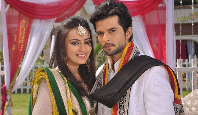 In Pics: Asad, Zoya from 'Qubool Hai' poetically express their love