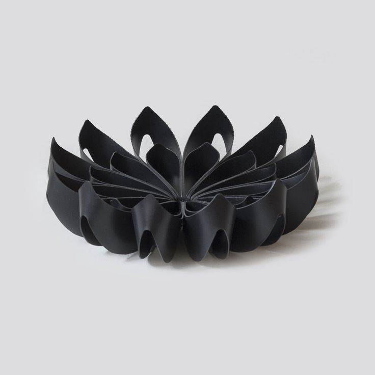 Petals decorative fruit bowl - Small black from be