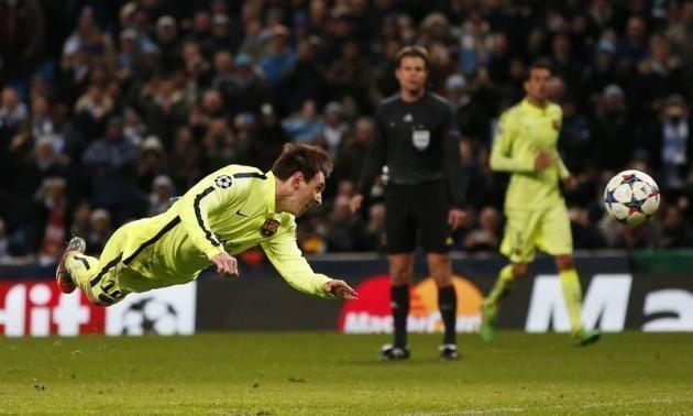 Manchester City vs FC Barcelona • Lionel Messi zmarnował rzut karny w końcówce meczu Ligi Mistrzów • Zobacz gafę Argentyńczyka >>