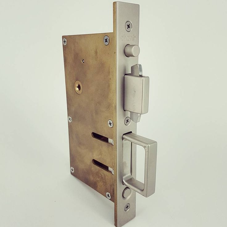 At Chant we don't only manufacture handles but the entire set of hardware for all you applications. The Sliding Door Compression Lock range not only locks but isolates spaces by compression weather seals #chant #chanthardware #lock #compression #bespoke #weathersealed