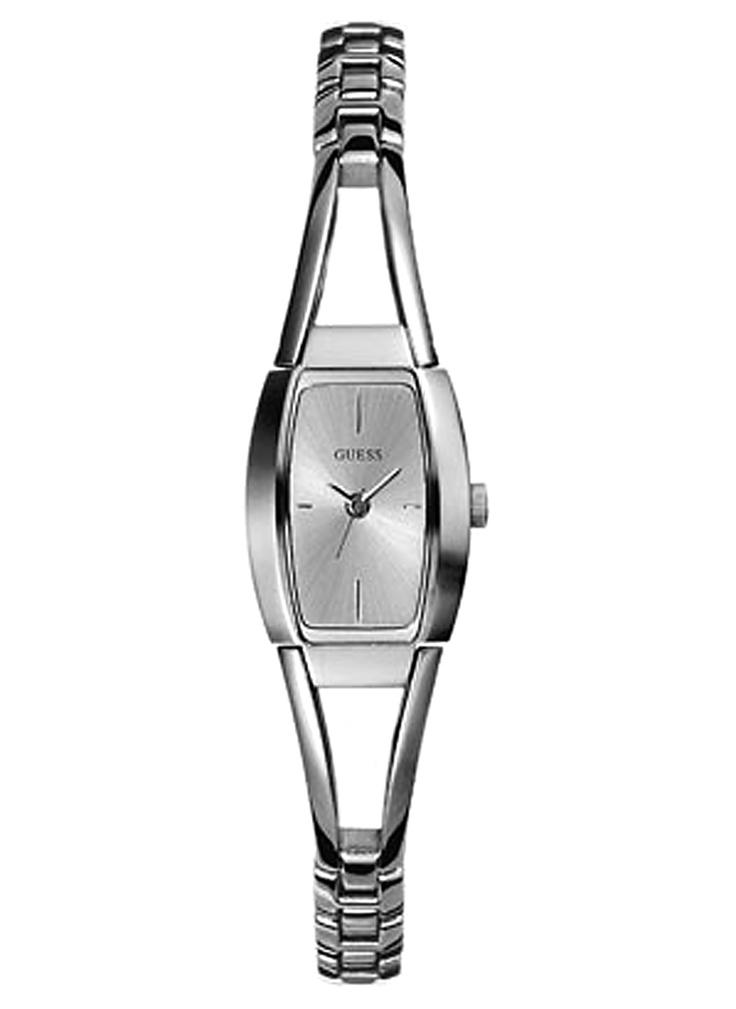 Dünya markası orjinal saatler markalisa reyonlarında sizleri bekliyor.