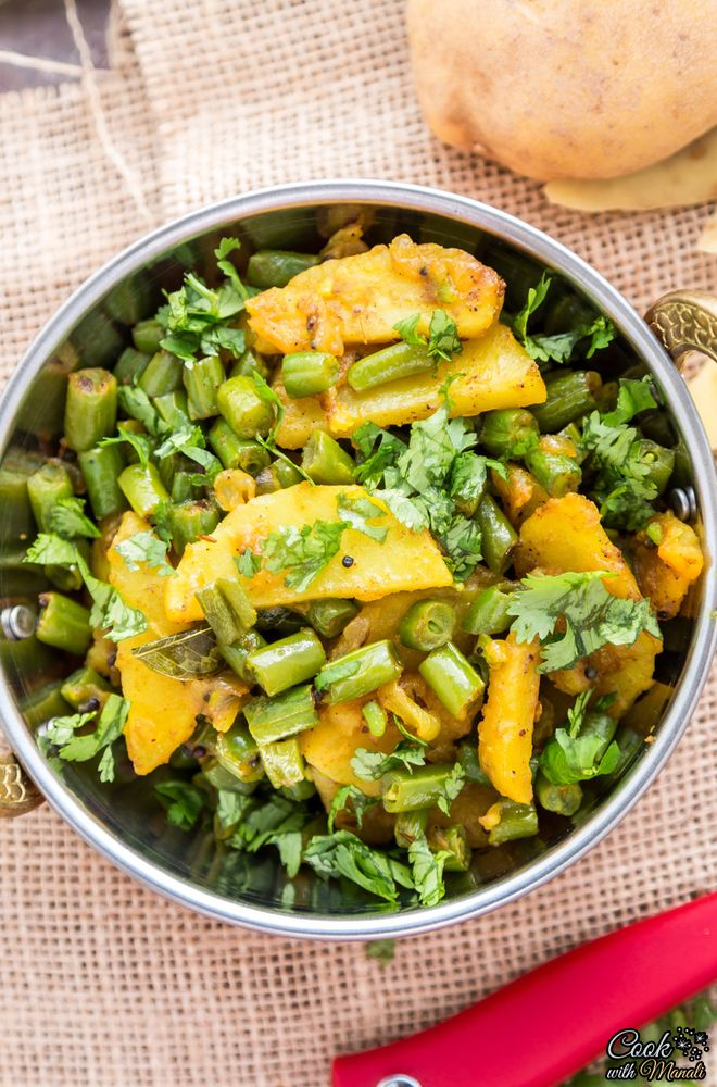 Aloo Beans [Spiced Potatoes with Green Beans] - Cook With Manali